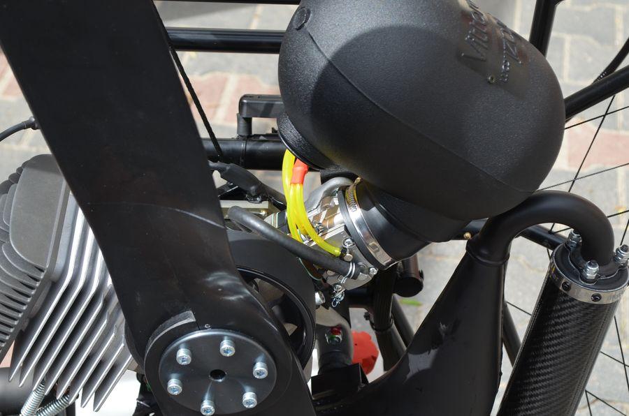 Nowy system przelewania silnika współpracujący z nową pompką